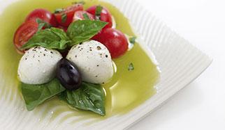 tomates huile d'olive et basilic