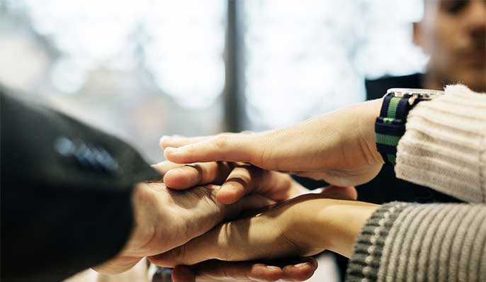 mains en accord