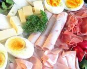 viandes, fromages, oeufs