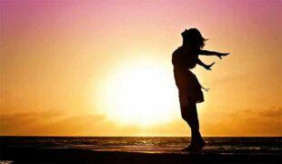 Femme soleil et energie